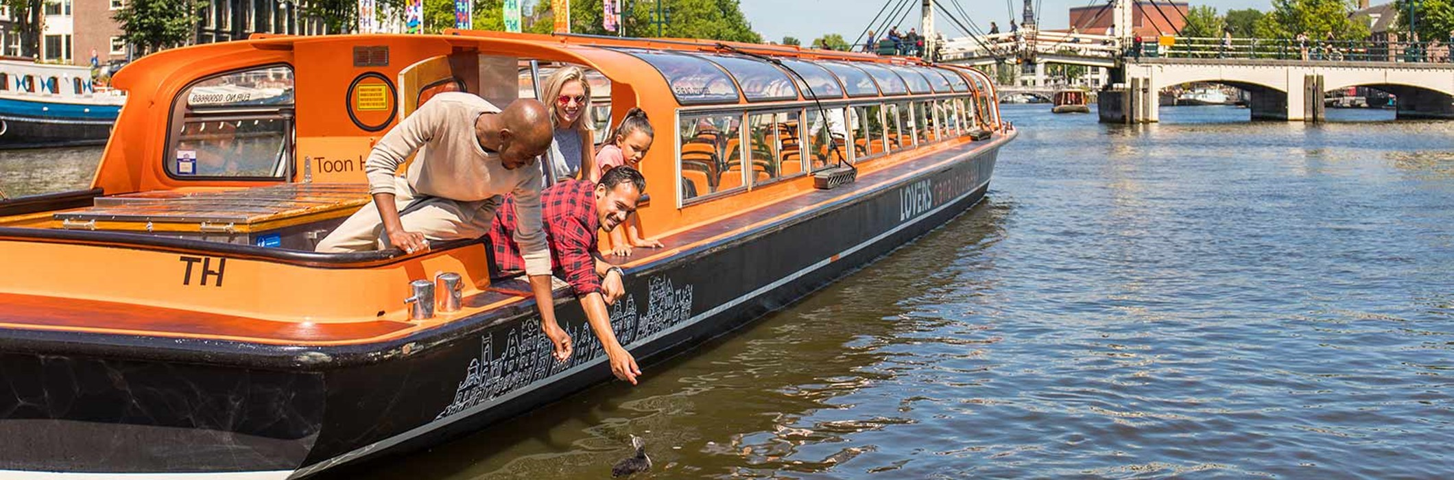 1 h. Amsterdam Day Canal Cruise (departs near Leidse square)